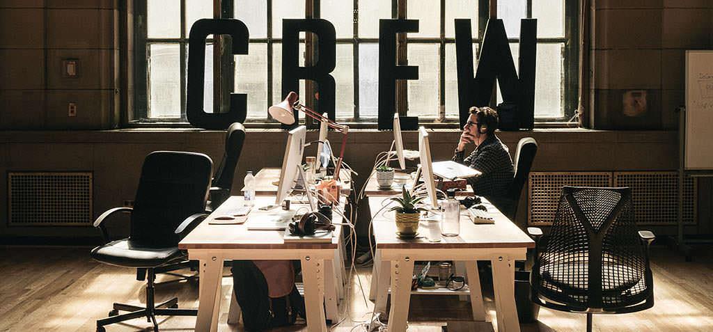 Werken bij een start-up: wat doe je aan naar kantoor?