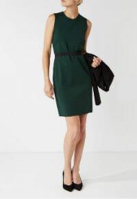 Groene jurk bijenkorf