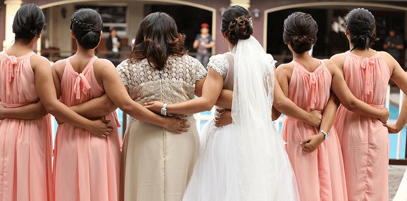 Lente bruiloft: Wat trek je aan?