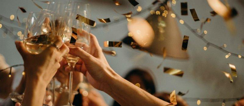 Oud en Nieuw: dít trek je  naar een feestje aan!